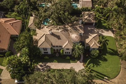 Adventist Health executive sells Winter Park mansion to returning Central Floridian