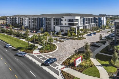 Epoch Residential sold its 250-unit Veere Apartments community for $68.5 million, or $274,000 per unit.