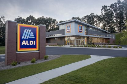 Discount grocer Aldi could be coming to the College Park area with a new store planned on John Young Parkway.