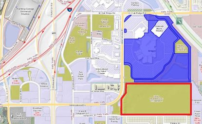 Highlighted in blue are the 104.47 acres of Artegon Marketplace land owned by Lightstone Group, and immediately south outlined in red is a 77.3-acre parcel owned by an Ecuadorian investor.