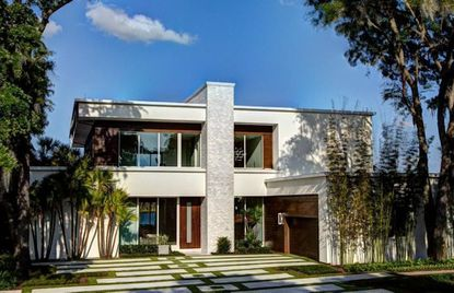 The home on Bay Point Drive recently bought by Nik Vucevic of the Orlando Magic.