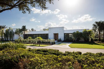 Prolific MLB outfielder pays $4.6M+ for award-winning home in Lake Nona