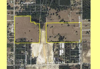 Outlined in yellow are two parcels totaling 107 acres in northwest Apopka that straddle the next section of the Wekiva Parkway (S.R. 429) to be completed by Spring 2018, with an interchange at W. Kelly Park Road.