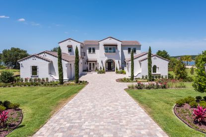 NY Mets shortstop Francisco Lindor and his fiancee, Katia Reguero, just bought this $2.9 million estate in Bella Collina and the 1-acre lot next door.