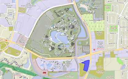 Highlighted in blue, the parcel set for a new Applebee's lies just south of SeaWorld property, with frontage on International Drive.