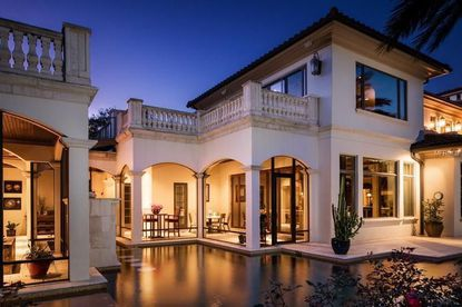 McDonald's franchisee pays $5.2M for Isleworth home sold by Tupperware exec