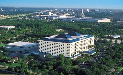Owner plans event space expansion at Renaissance hotel near SeaWorld