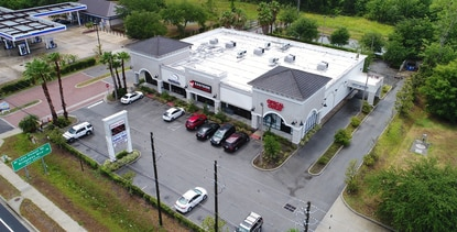 Shoppes at Jeta Park near UCF was built in 2009. Tenants include an Asian grocery, dentist, hair salon and optometry office.