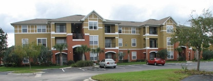 A Philadelphia-based real estate investment group has paid $42.75 million for the Bonita Fountains apartment complex near Mall of Millenia.