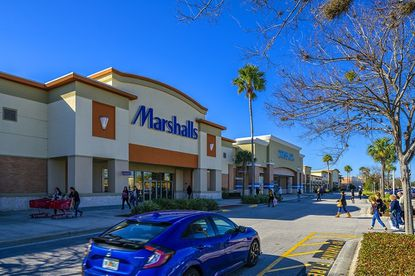 The sellers received more than dozen offers for the Marketplace at Seminole Towne Center. It sold in late December for nearly $56 million.